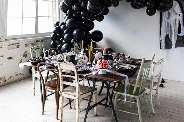 Декорирование стола для вечеринки Halloween