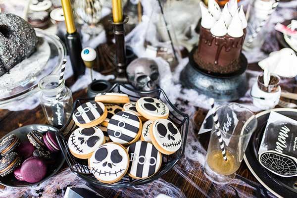 Как оформить стол на Halloween?